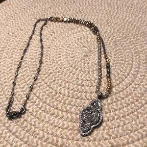 EUC Stella & Dot stone necklace